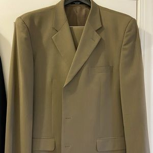 Men's suit- includes blazer and pants